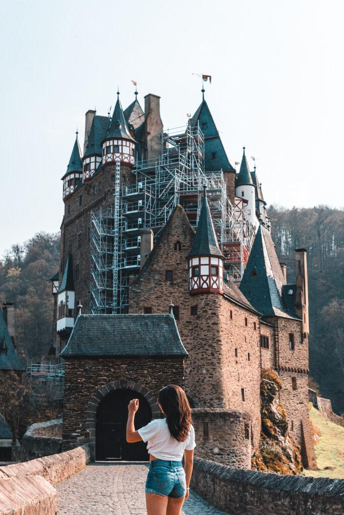 Burg Eltz Deutschland | Tipps für deinen Besuch bei der Burg Eltz