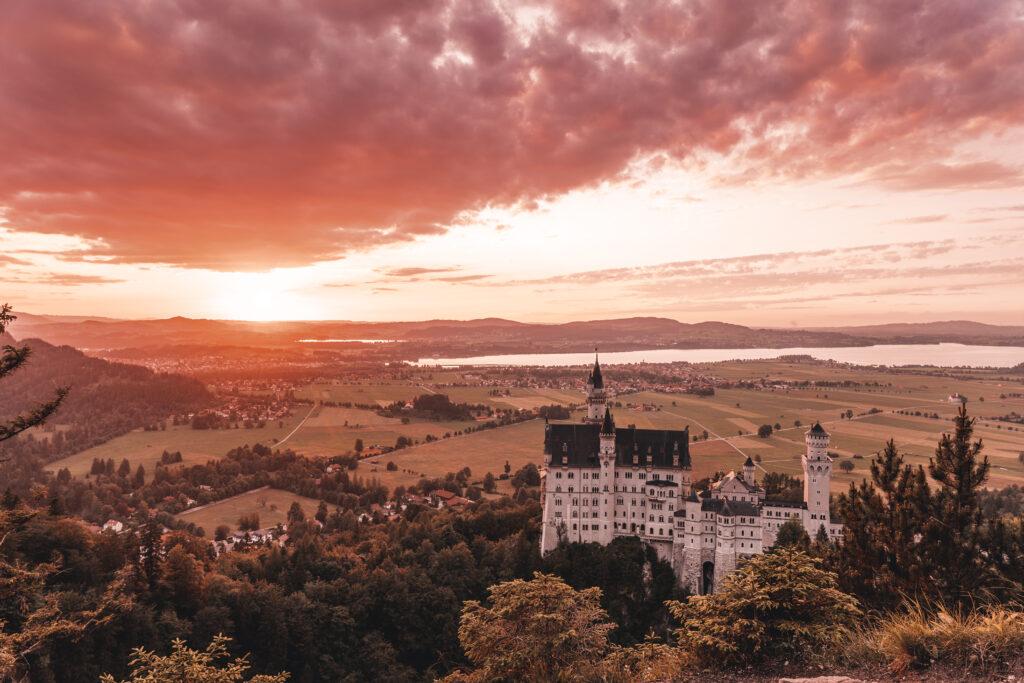 Schloss Neuschwanstein |Neuschwanstein Castle Landscape