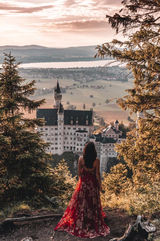 Schloss Neuschwanstein Travel Guide