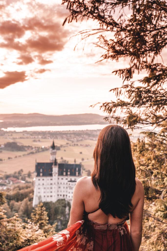 Schloss Neuschwanstein at Sunset |Photography by Tabitha & Florian