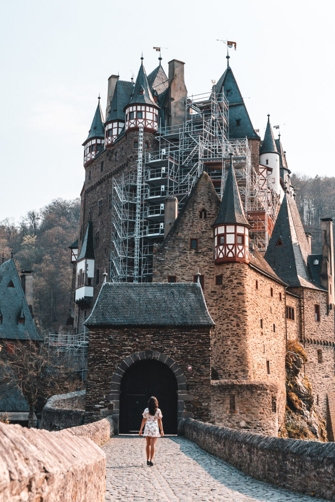 Travel Tips for your visit to Eltz Castle