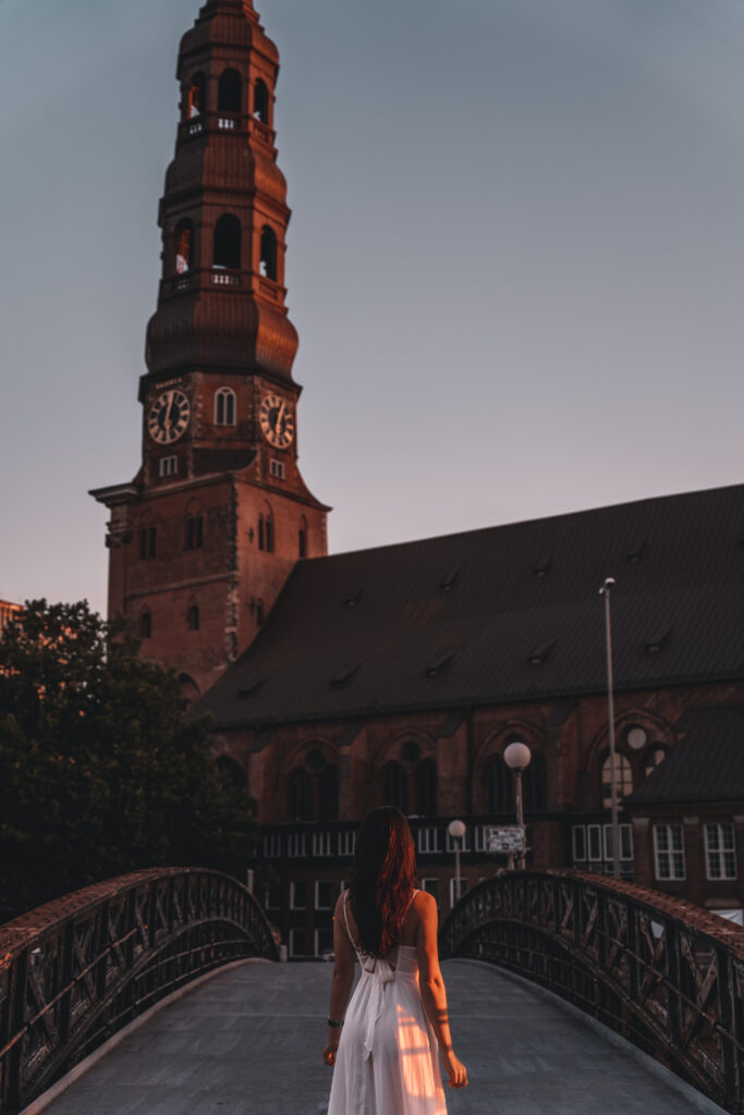 How to spend 2 days in Hamburg |Travel Guide by Tabitha & Florian